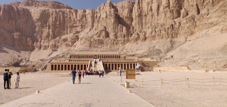 Panoramic photo of Queen Hatshepsut's Temple